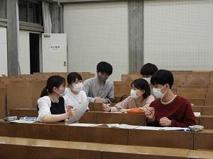 「伊予市PRメニュー&お土産開発」班